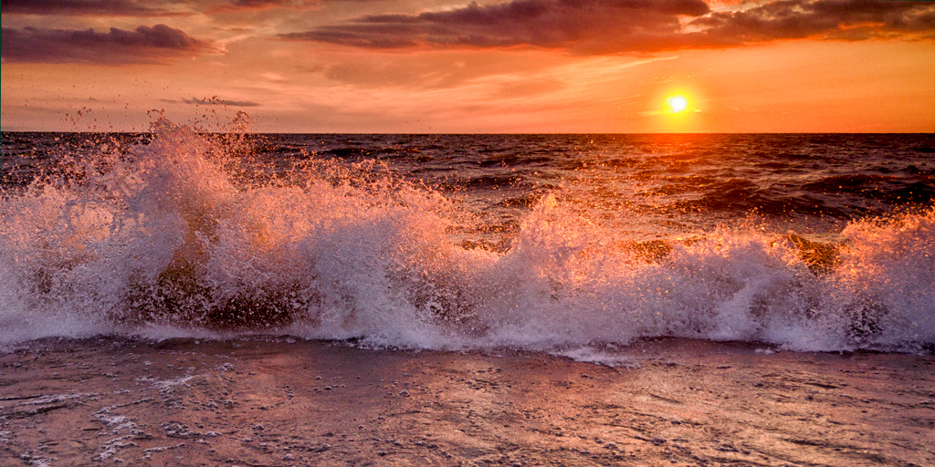 sunset-wave1