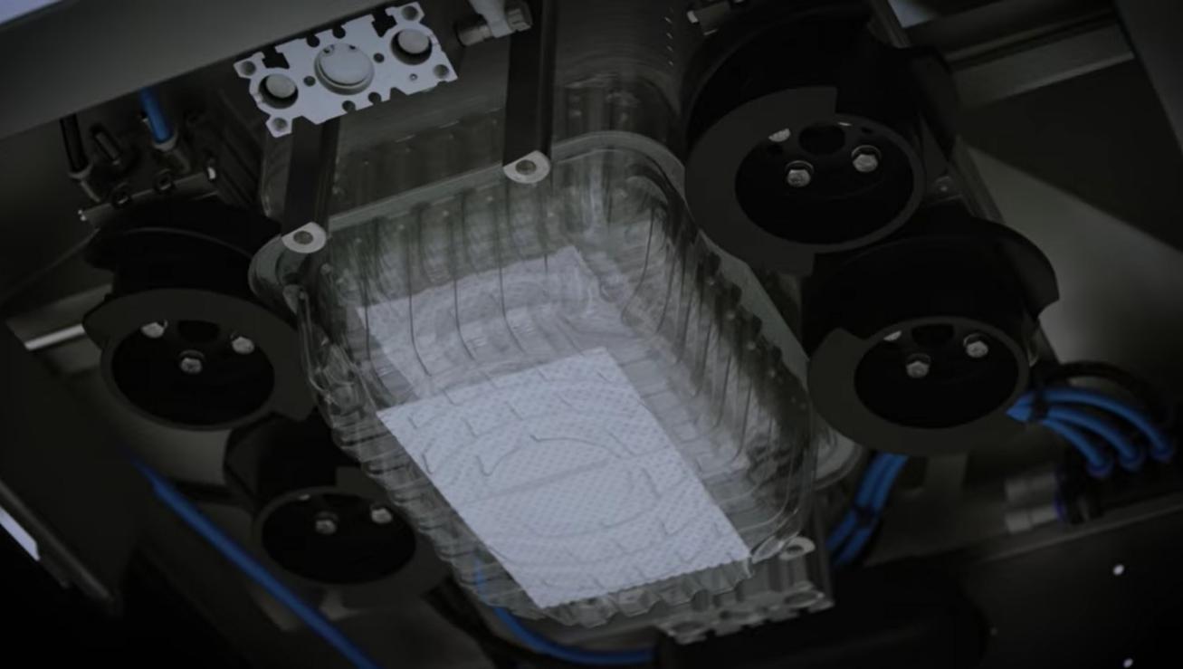 Einzigartiges Design - Wir nutzen innovative und patentierte Technologien um das entstapeln von Verpackungsschalen mit maximaler Geschwindigkeit zu erreichen. Gleichzeitig verfolgen wir die absolut höchste Produktionssicherheit mit geringem Risiko für Produktionsausfälle.
