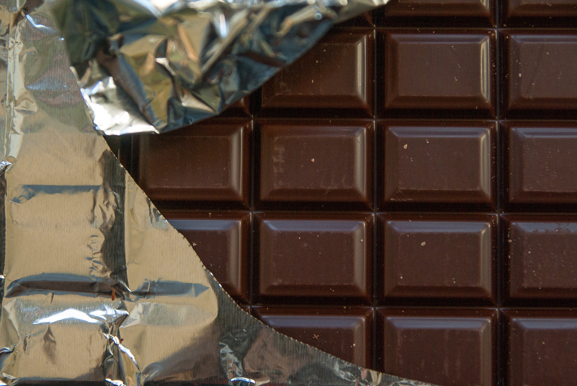 dark chocolate for PMS