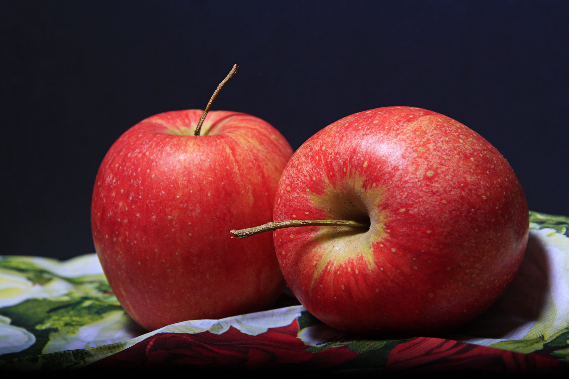 apple for PMS