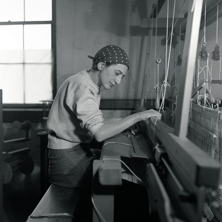 Anni Albers in her weaving studio in Black Mountain College, 1937. Photo by Helen M. Post Modley. Courtesy of Western Regional Archives, State Archives of North Carolina.