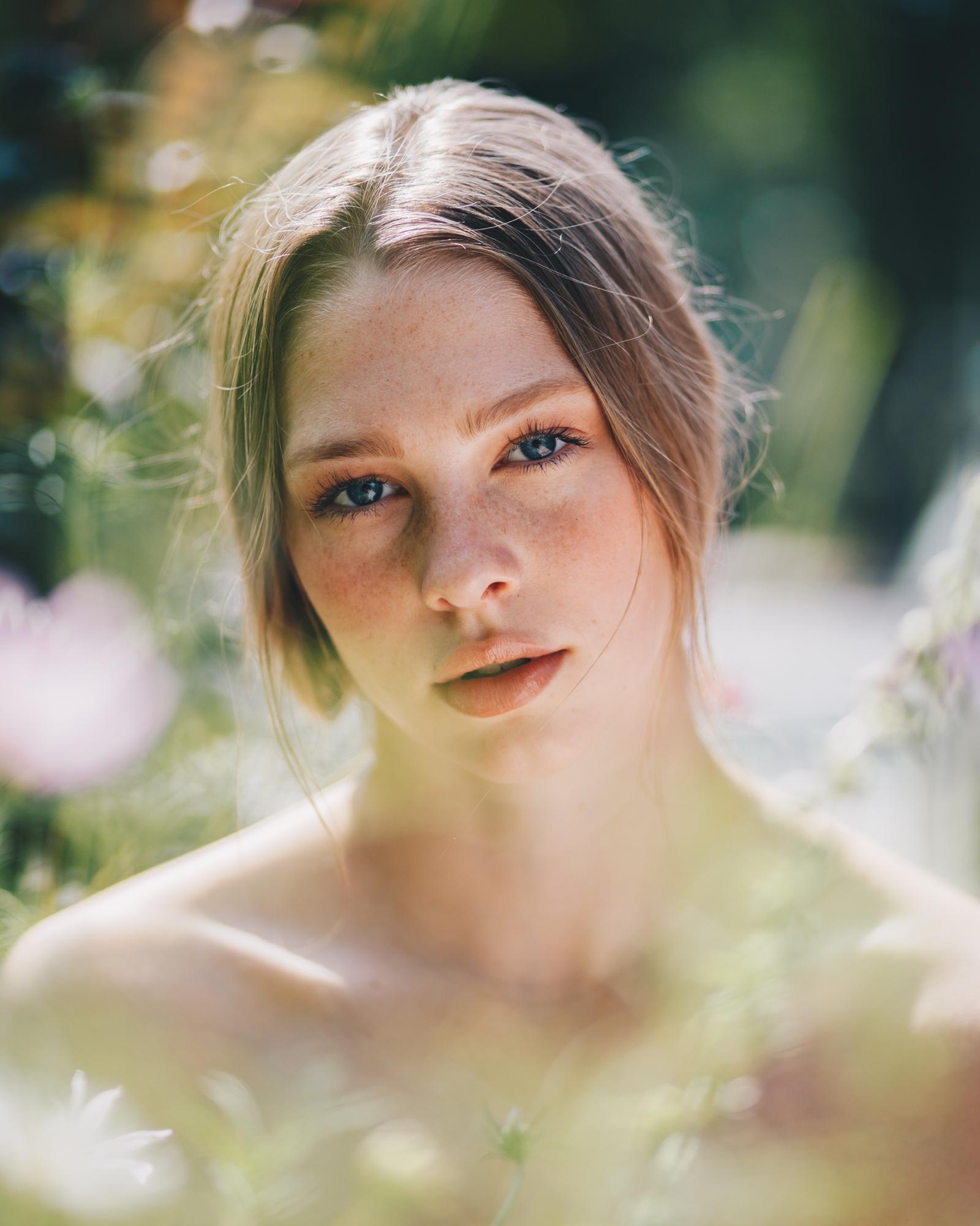 Brooklynn @ Peggi LePage Brooklyn portrait photography by Megan Breukelman