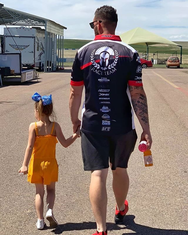 ❤️😍 #daddydaughter #tracklife #legionofspeed #family
