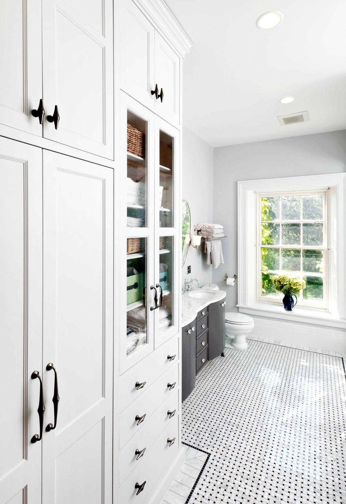 white bathroom cabinets (1).jpg
