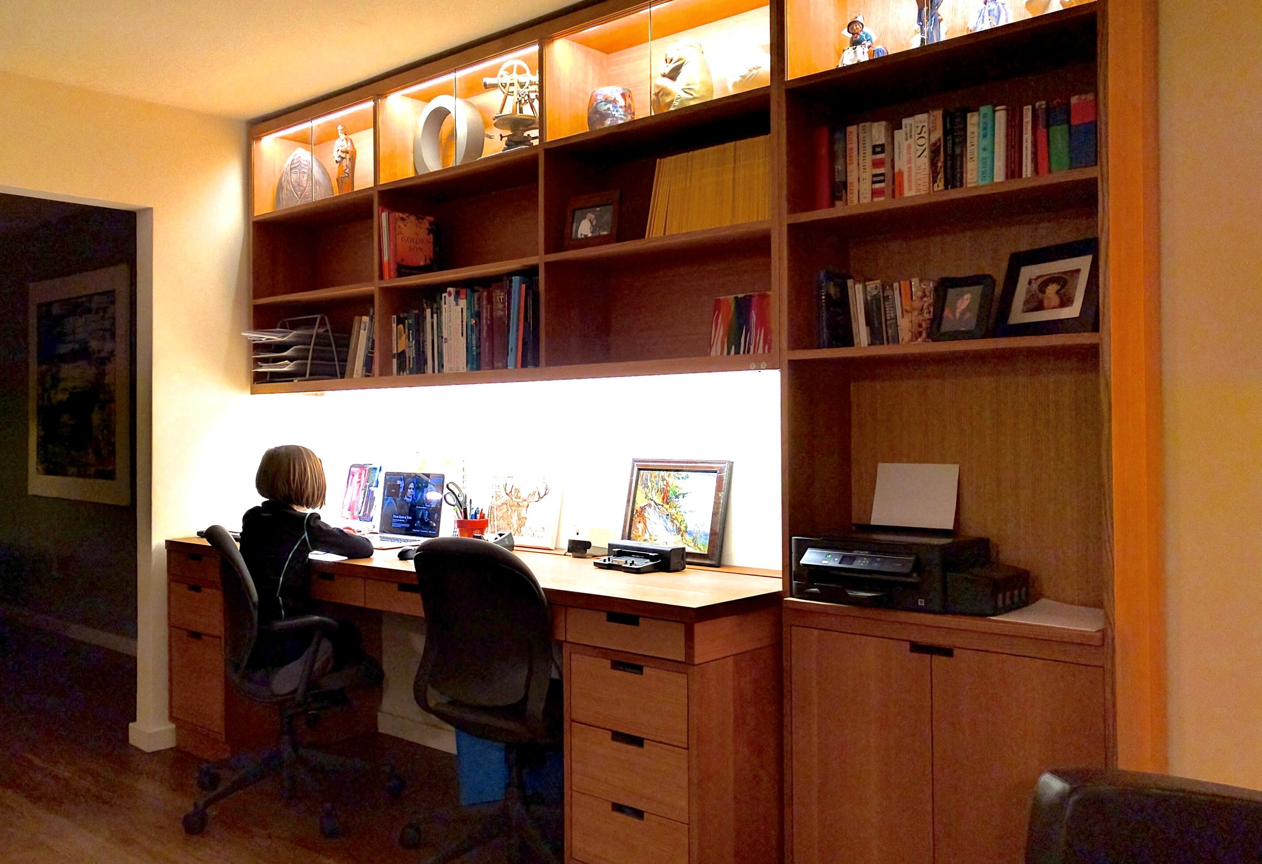 home office large desk and shelves (1).jpg