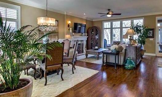 Living Room Banner photo.jpg