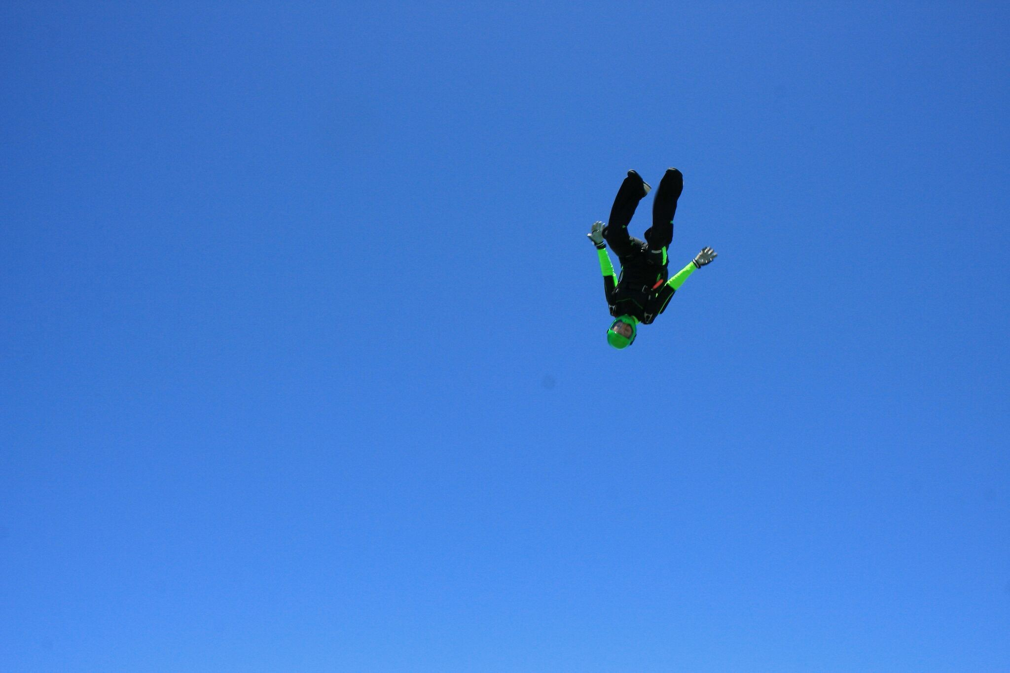 1_skydive.jpeg