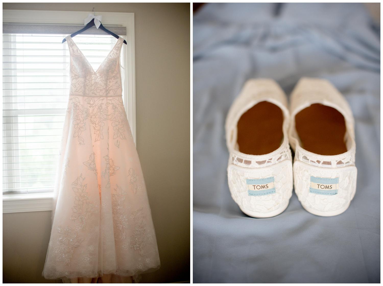 blue-ridge-wedding-ashley-nicole-photography-restoration-hall-crozet-06-11_0022.jpg