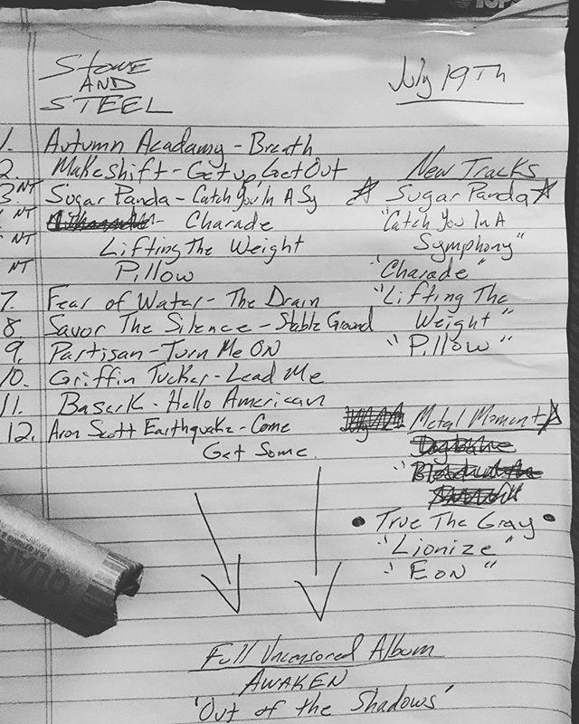 🎟Set list from last nights killer Stone and Steel Radio Show!🎟 @fearofwater @bazerk_bandofficial @officialawakenprogmetalband @truethegray @savorthesilenceofficial @aron_scott_earthquake @gktrocks @wearepartisan #supportnewmusic #stoneandsteelradioshow #outlawsofrock 🛸