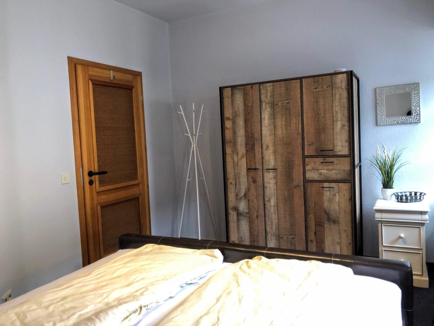 Plenty of storage in the 2nd bedroom
