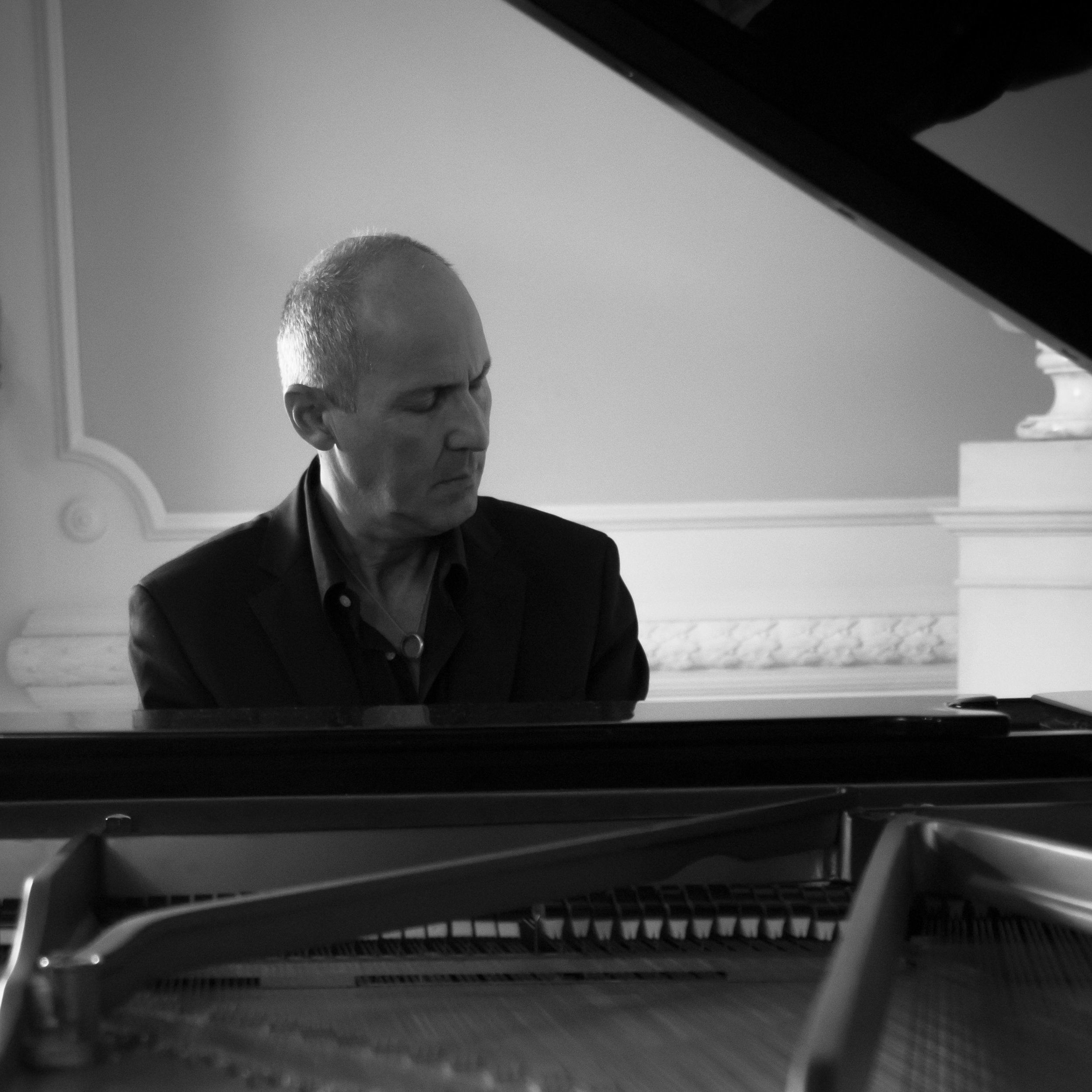 ANTONIO ARTESE  - PIANO FCO FOUNDER AND ARTISTIC DIRECTOR    ANTONIO ARTESE QUARTET