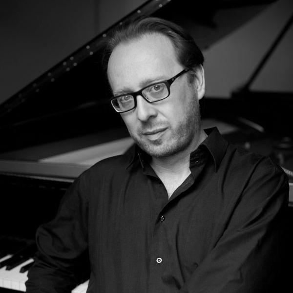 roberto prosseda    - piano    decca & hyperion artist Academia felix