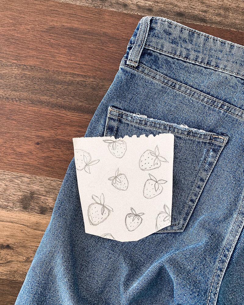 diy embroidery, diy embroidery clothes, diy embroidery clothes tutorials, strawberry embroidery, strawberry embroidery pattern, strawberry embroidery pattern free, strawberry embroidery vintage inspired, strawberry embroidery simple, diy jeans