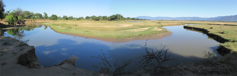 View of Mana River Mouth public access site from Nkupe site small.jpg