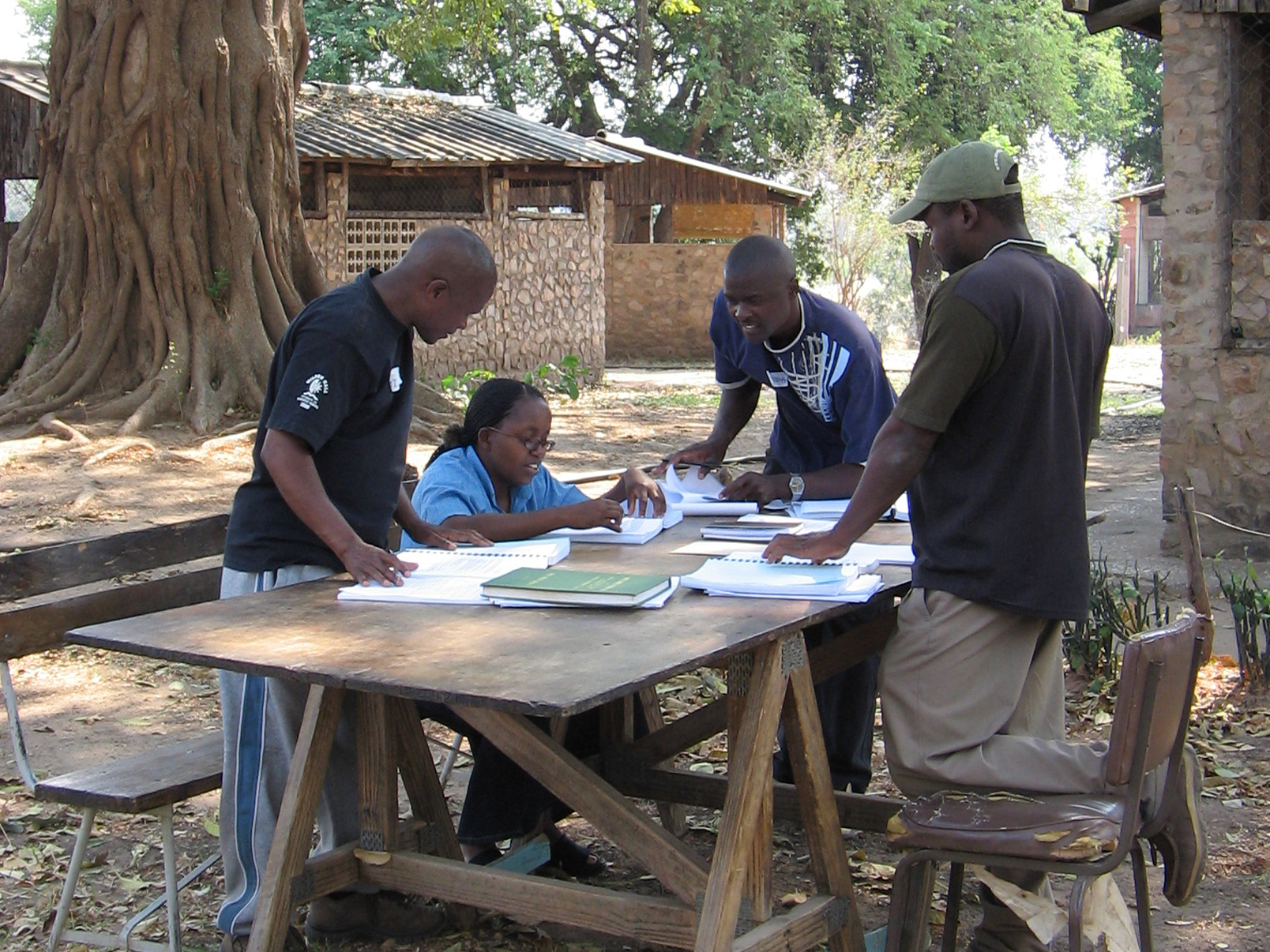 Rifa Wilderness Course Group work1 cropped.jpg
