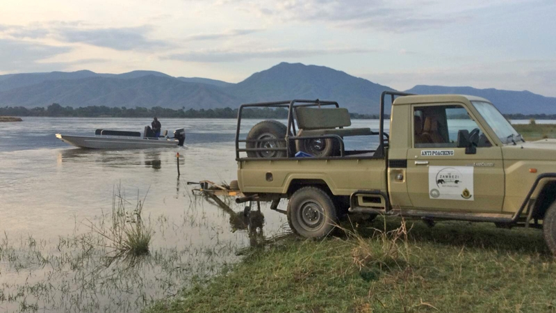 Zamsoc vehicle & boat at Mana Pools.jpg