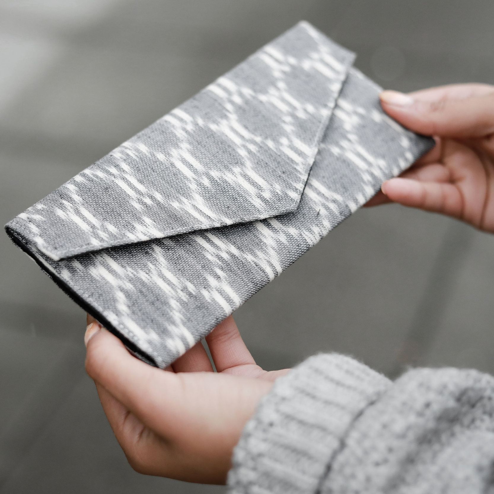 Diamond Ikat Wallet by Nomi Network
