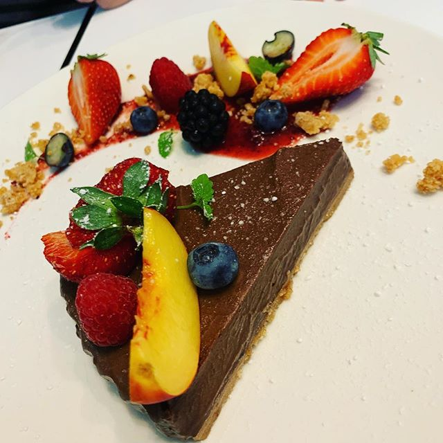 ILUKA A LA CARTE CHOCOLATE CHEESECAKE 😋😋😋😋😋😋@ilukamotelrestaurant @visit_apollobay @visitsurfcoast @visitgreatoceanroad #ilukaapollobay #ilukamotelrestaurant