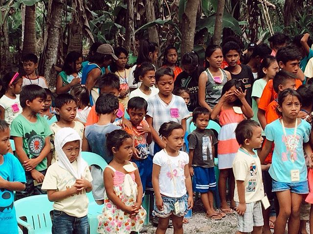 "We just received this awesome story from reader, Rosemary Hodge - you have to read it below!! 👏🏽 . ""I was so excited to receive your book before my missions trip to the Philippines! I was able to minister to several hundred Filipino children by reading The Best News Ever to them! So many prayed to receive Our Savior Jesus. I am a Sunday School teacher for Kindergarten children and can't wait to share your book with them too!"" - Rosie . . #bookstagram #children #childrensbooks #illustration #bestnewsever #godloveskids #kidsreadtruth #philippines #kids"