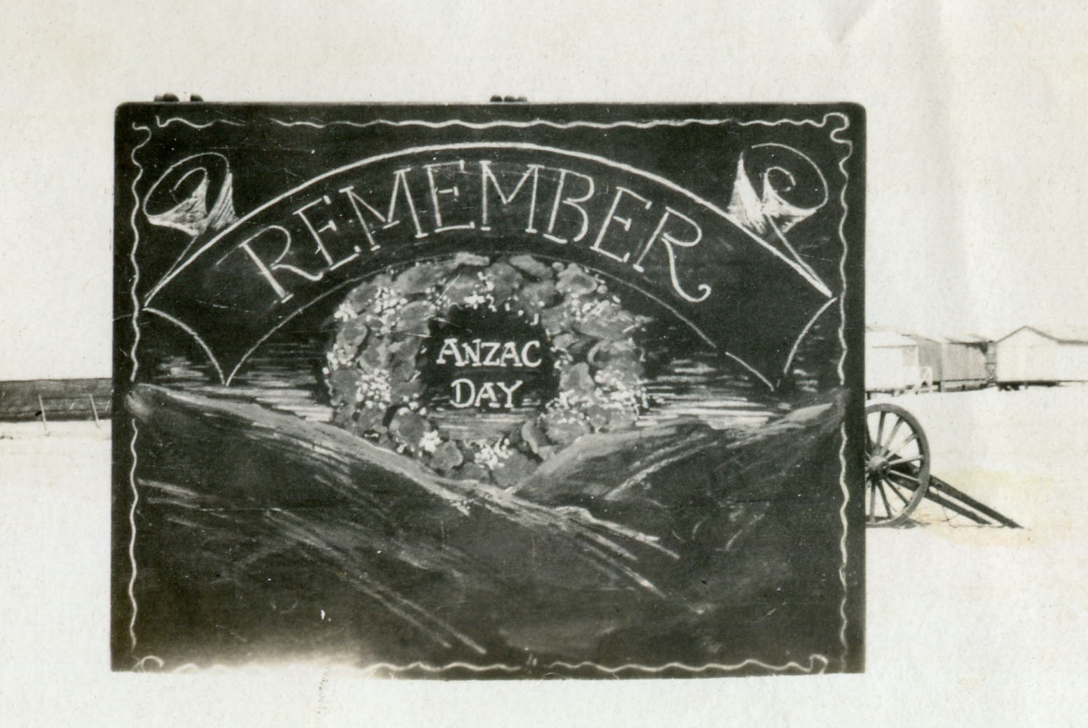 reg walters035 Remember Anzac Day service.jpg