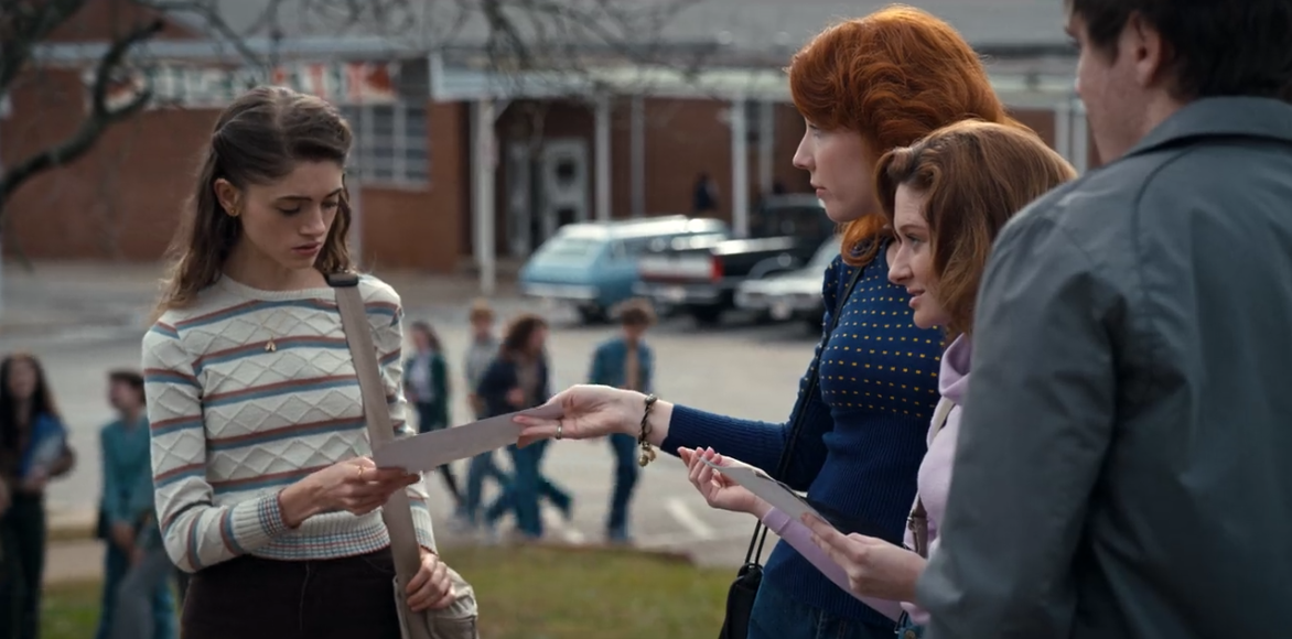 GLENNELLEN ANDERSON as the recurring role of Nicole on the hit Netflix series,     Stranger Things    , alongside costars Natalia Dyer (as Nancy) and Chelsea Talmadge (as Carol).