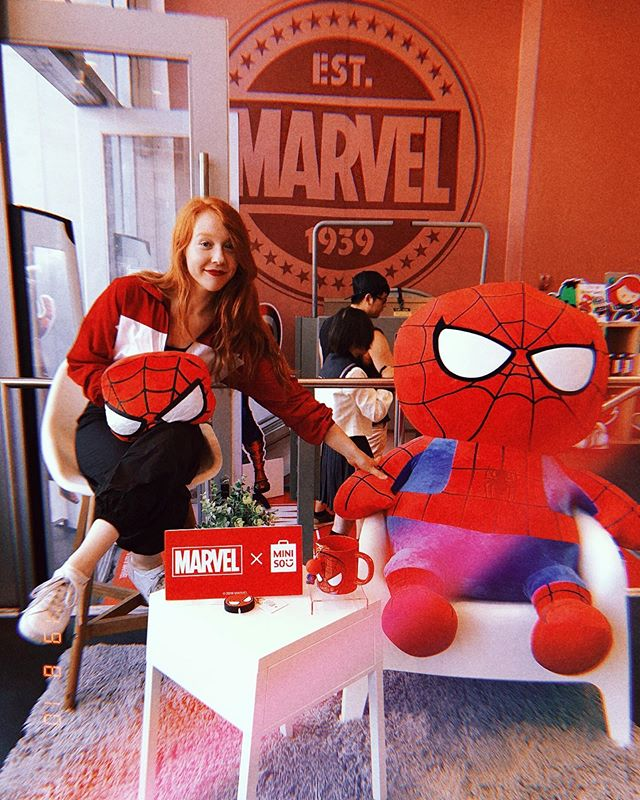 i'd say it's been a SUPER weekend 💥 @miniso_us thank you for inviting me into the super universe today. @marvel welcome to my crib, when can @tomholland2013 and i launch our own talk show? #MINISOxMARVEL
