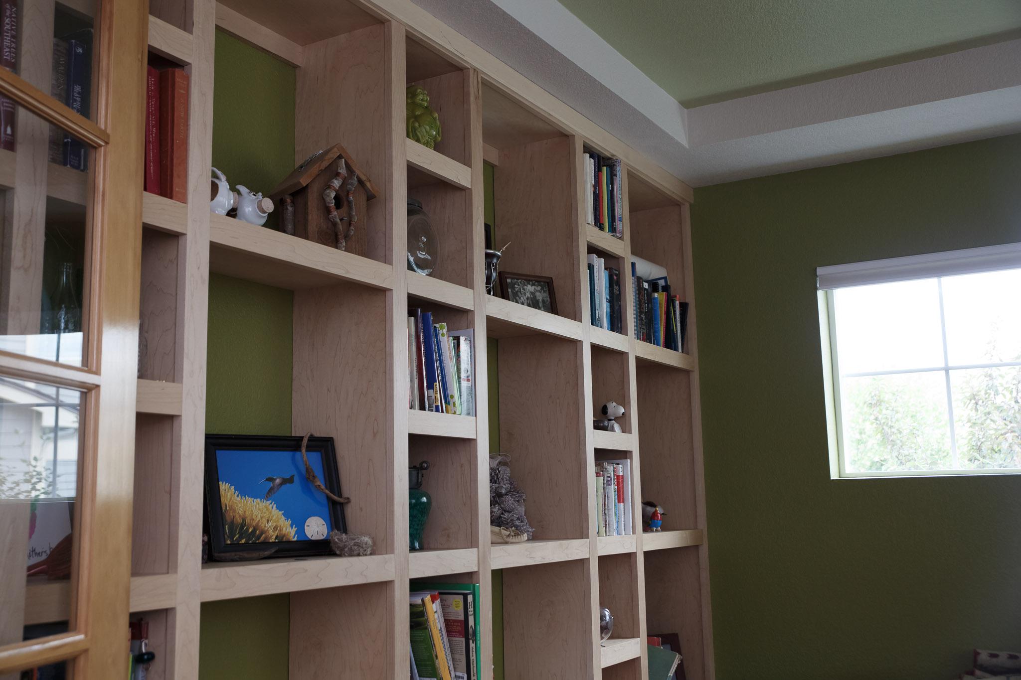 Built-in Book Shelf