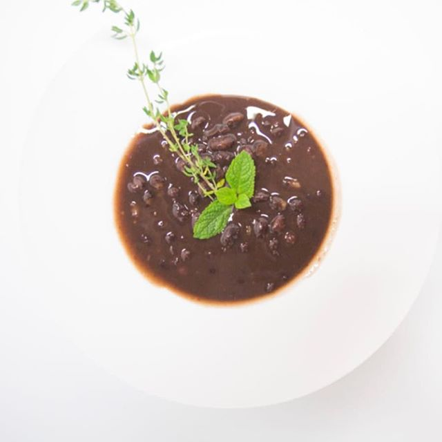 Our delicious red bean soup is just one of many sweet and savoury selections on the menu at #lusciousdessertstoronto. Soft Opening now!  #food #foodlove #foodie #instafood #eat #goodeats #torontoeats #yyzfood #desserts #lusciousdesserts #asiandesserts #asiandessertcafe #dessertsTO #yummy #delicious #redbean #redbeansoup