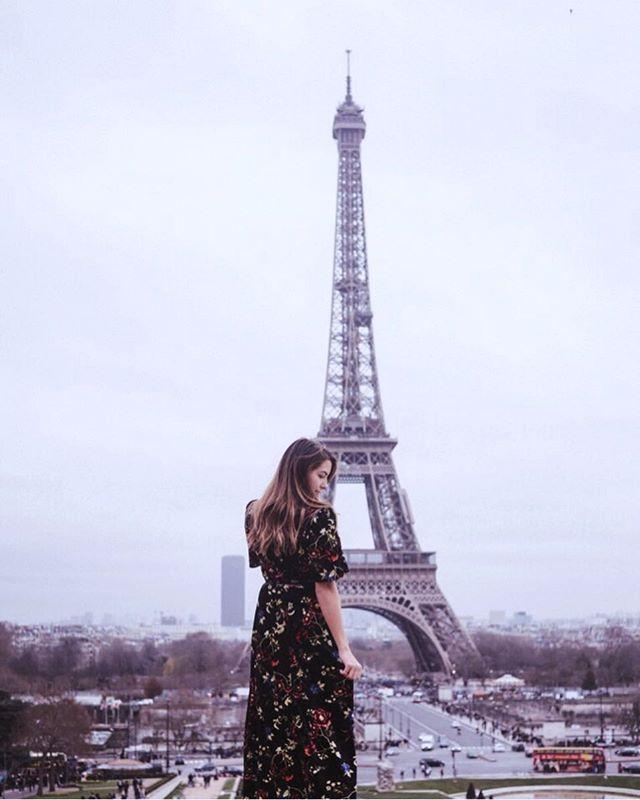 Let's pretend it's still the weekend and forget about all our Monday problems? ✌️ well said @parisjetaime . . . . . #winterinparis #paris #travel #eiffeltower  #parismonamour #visitparis #beautifuldestinations #parisgram #ig_europe #trocadero #travelgram #parisjetaime  #thevisualscollective #visualsoflife #dametraveler #wearetravelgirls #travelstoke #peoplecreatives #helloadventure #ladiesgoneglobal #sheisnotlost #thetravelingfriends #createwithpurpose #forgeyourownpath #wearestillwild #makeadventures #tourdeffiel
