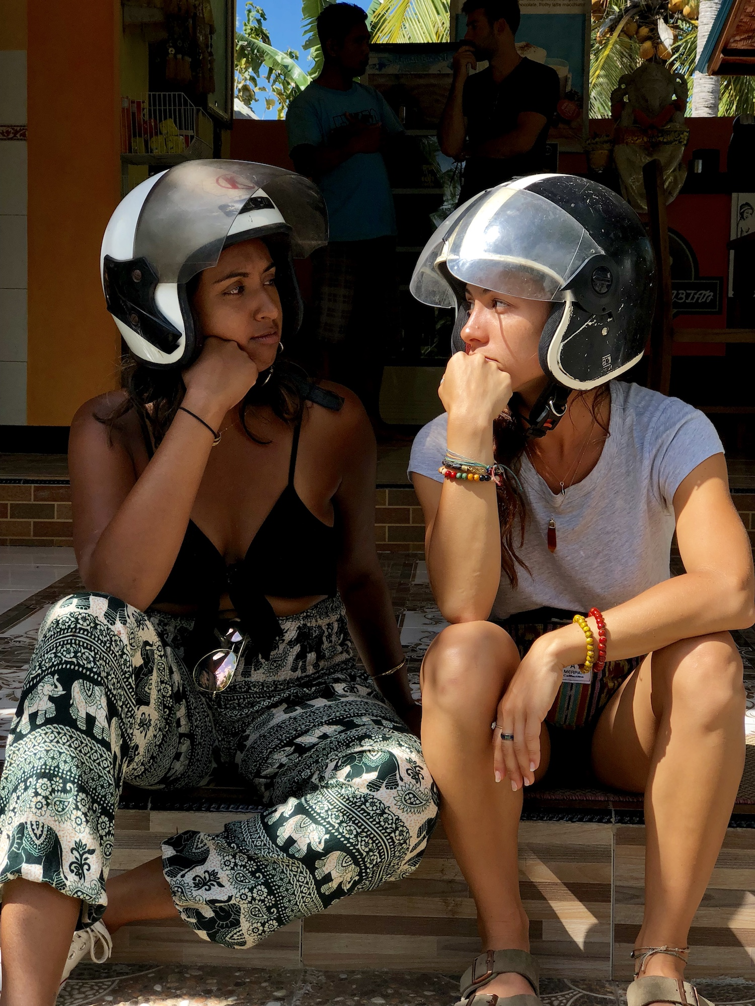 nusa-penida-wear-helmets.jpg