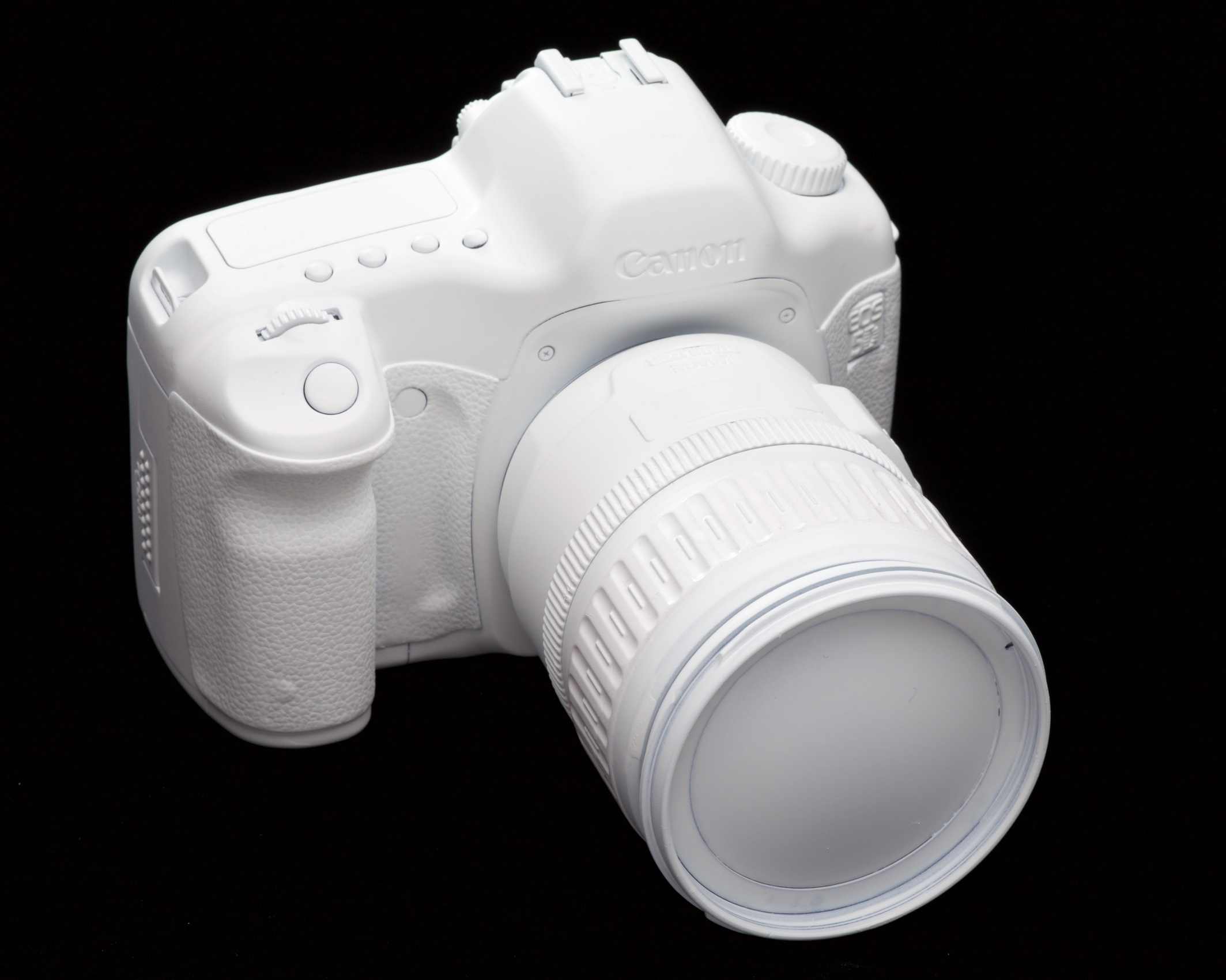 """Canon's secretly produced Finnish Ski Patrol model 5D and 28-135 IS with """"Nival-Crystal Coat."""""""