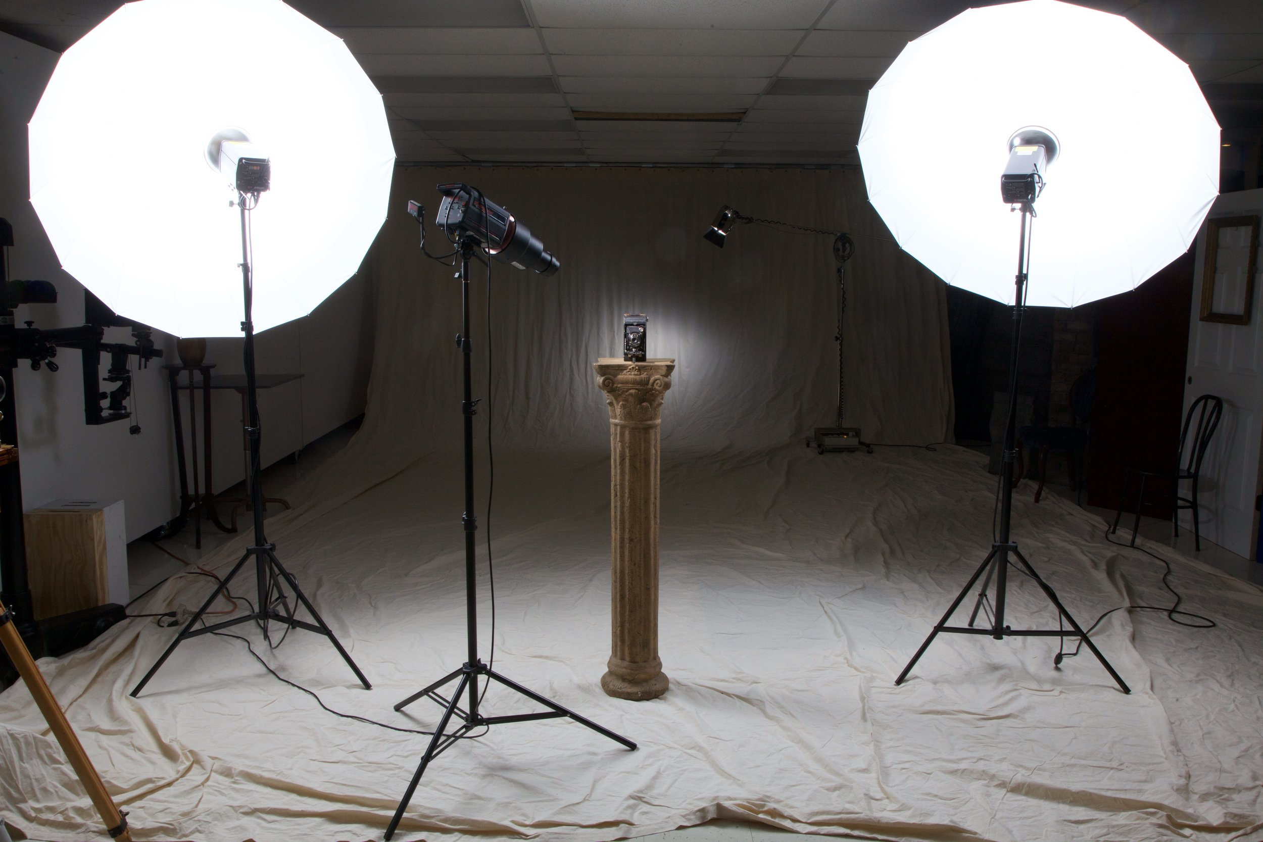 Studio one with 20'x30' natural muslin background.  Check out images made in Studio 1