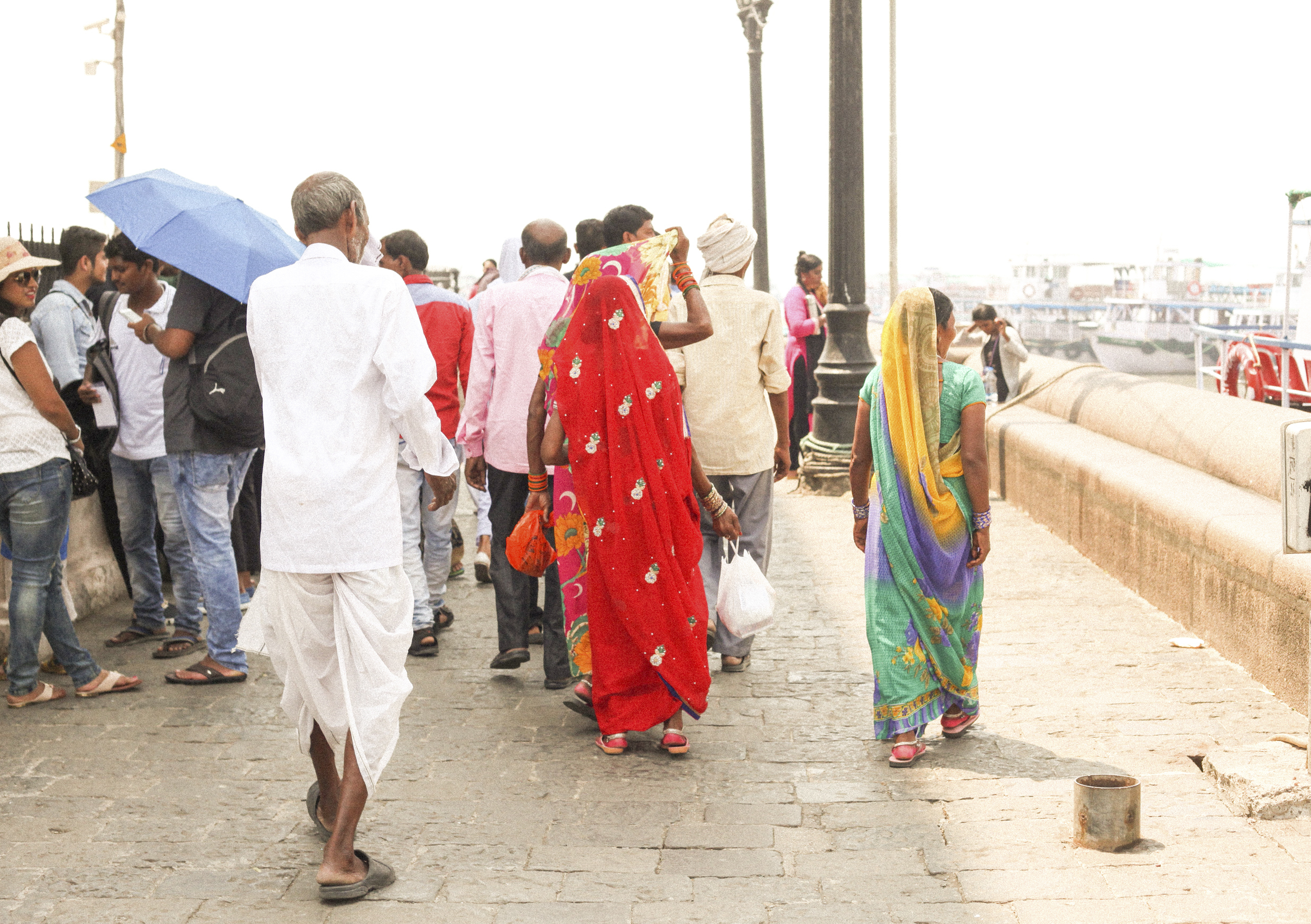 Beautiful people - near the Getaway of India, one of Mumbai's most famous sites.