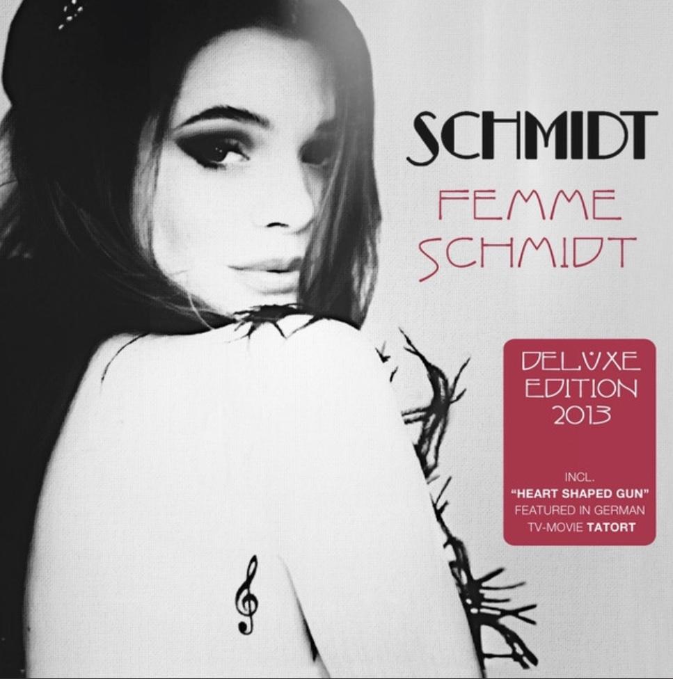 "Femme Schmidt ""Alain Delon""- Guitar"