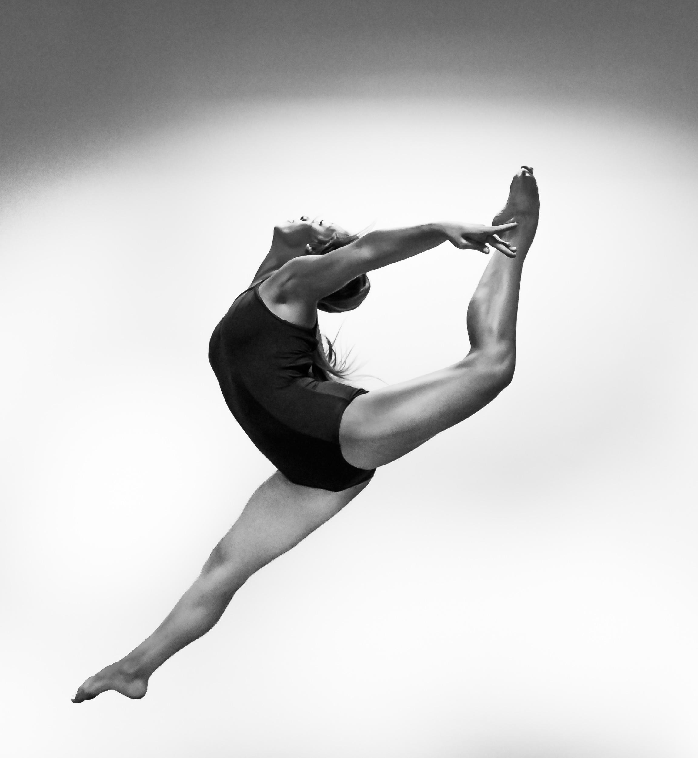 Dancers-1-6.jpg