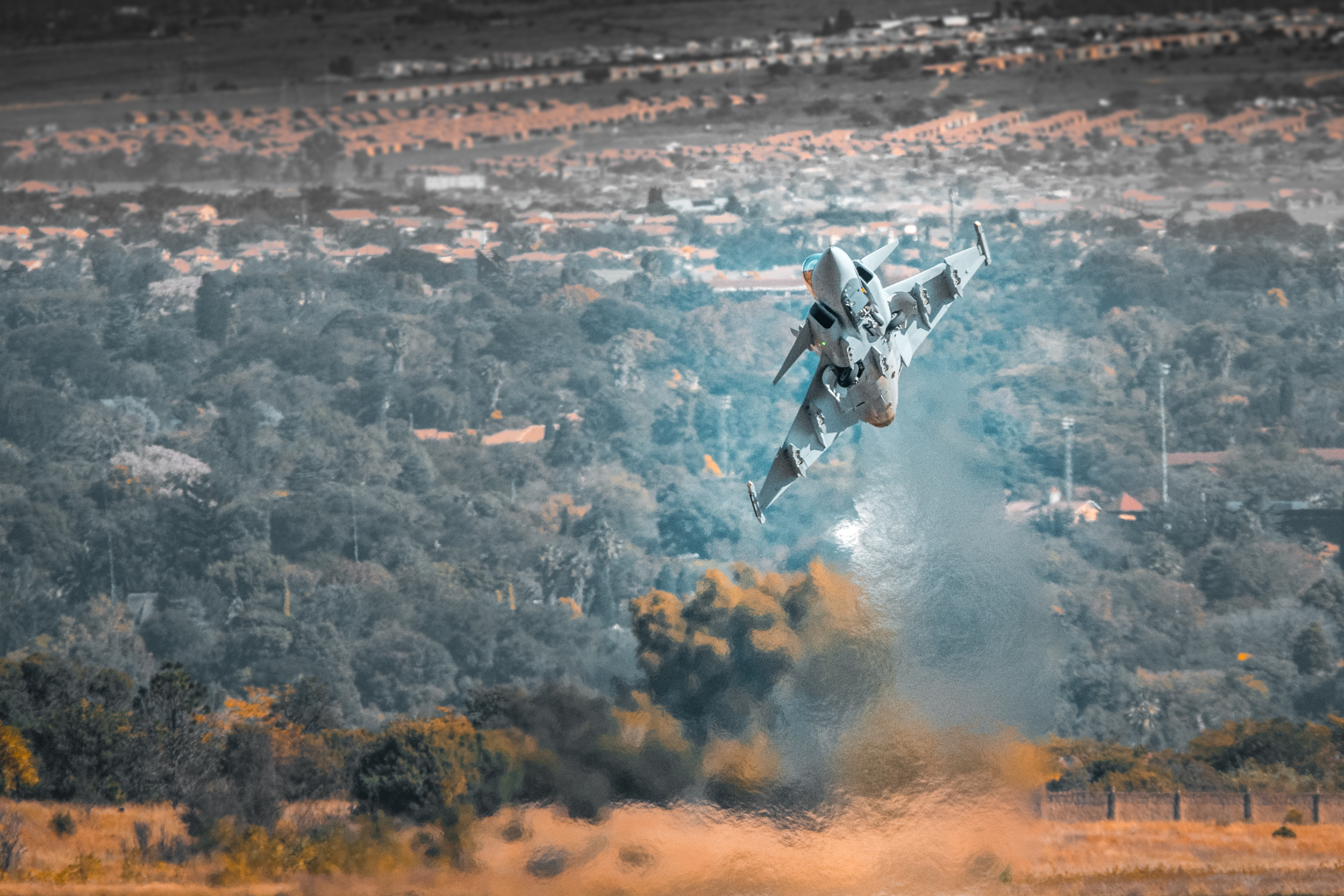"""A day at SAAF 2018 Airshow - I must admit that I am not too much of a """"prop-job"""" man and more of a jet person. Never the less I went to go see what the SAAF guys got up to at the 2018 show"""