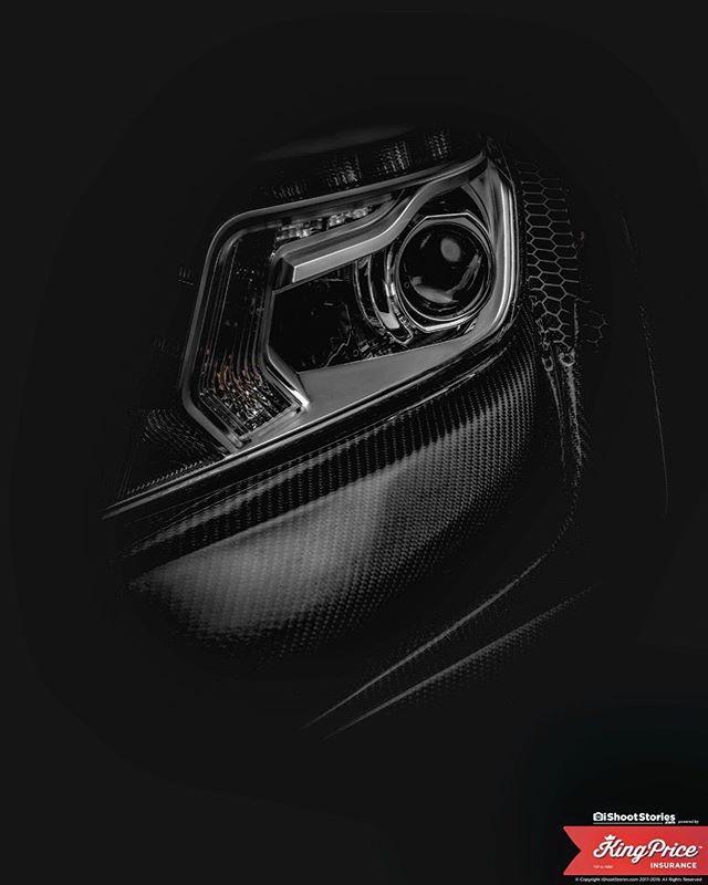 Tried something different today with lighting...think this came out great. This is a headlight of a 2018 Dakar Nissan Navara...full carbon fiber car  #carphotography #photography #carsofinstagram #carporn #cars #car #carswithoutlimits #carlifestyle #cargram #automotivephotography #carfineart #fineart #carshow #carspotting #instacar #supercars @kingpriceins #carsandcoffee #photographer #ishootstories #exoticcars #racecar @nissan #caroftheday #classiccars #dakar #carinstagram #drivetastefully