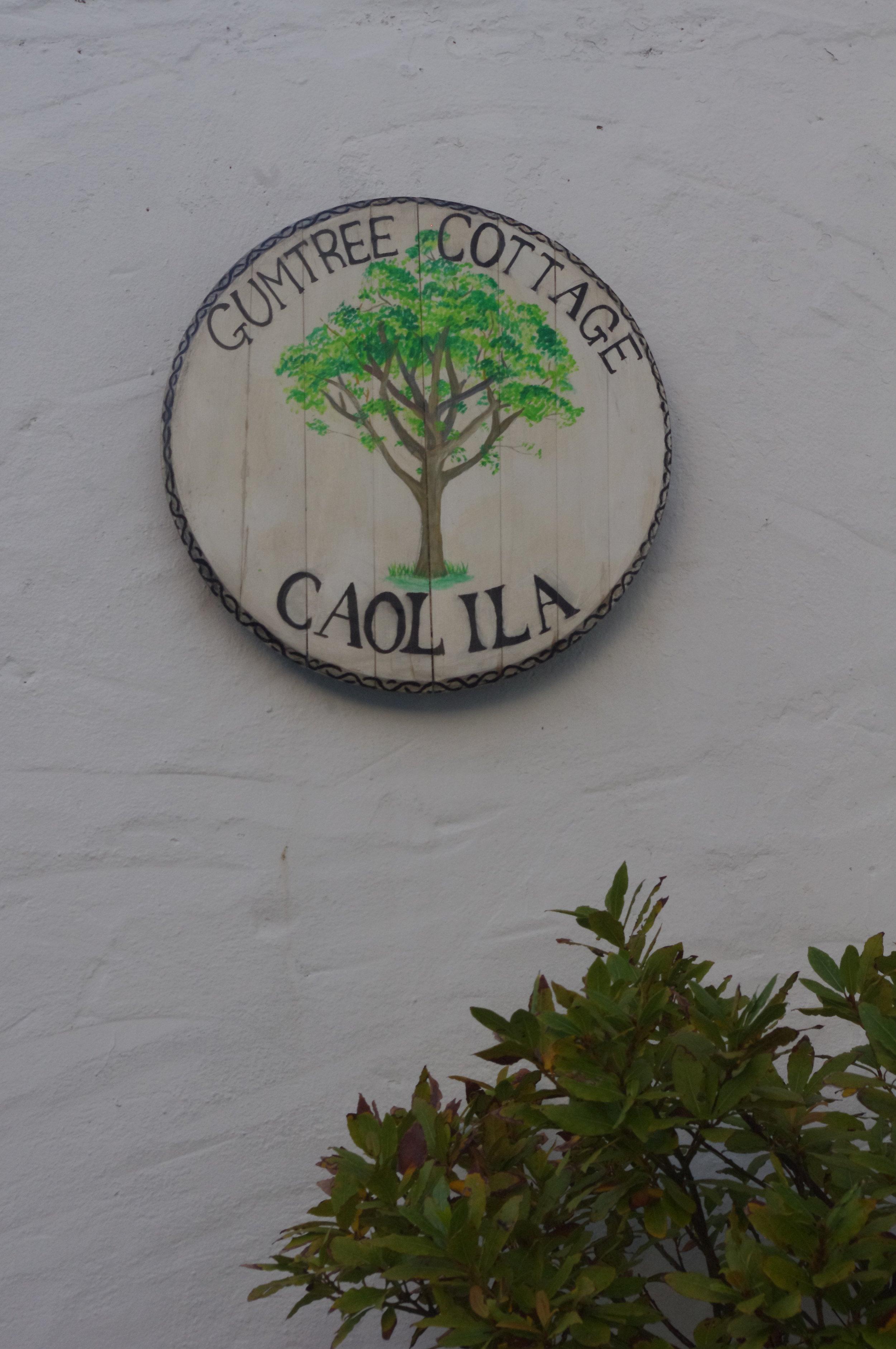 Gumtree Cottage - Sign - Photograph 2.JPG