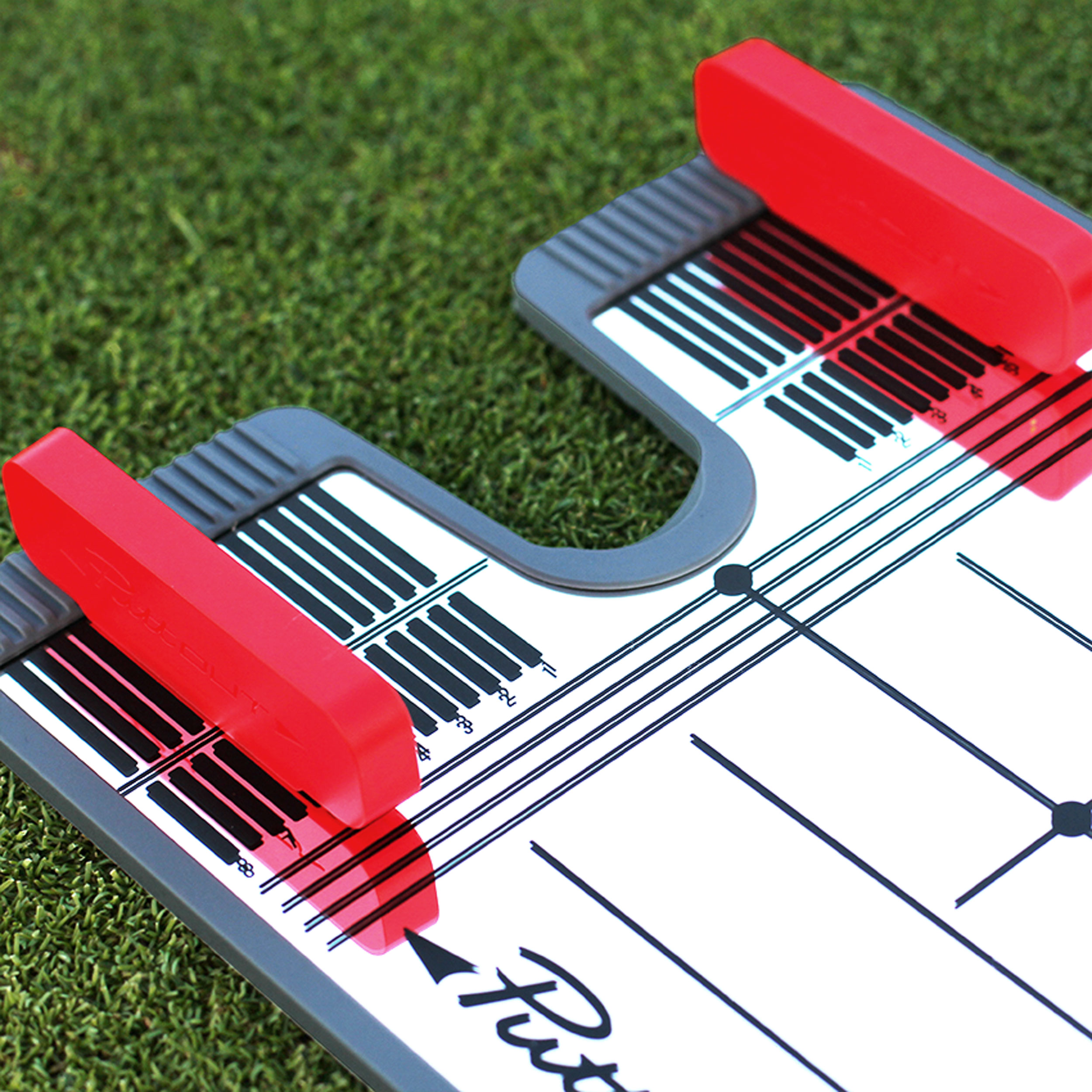Guided putting - The two vivid alignment guides are adjustable for your putting stroke and can be used as a rail, a gate, a backstop or whatever you best see fit.The guides are 3-inches long, ensuring your stroke remains on a square path for the entire impact section.