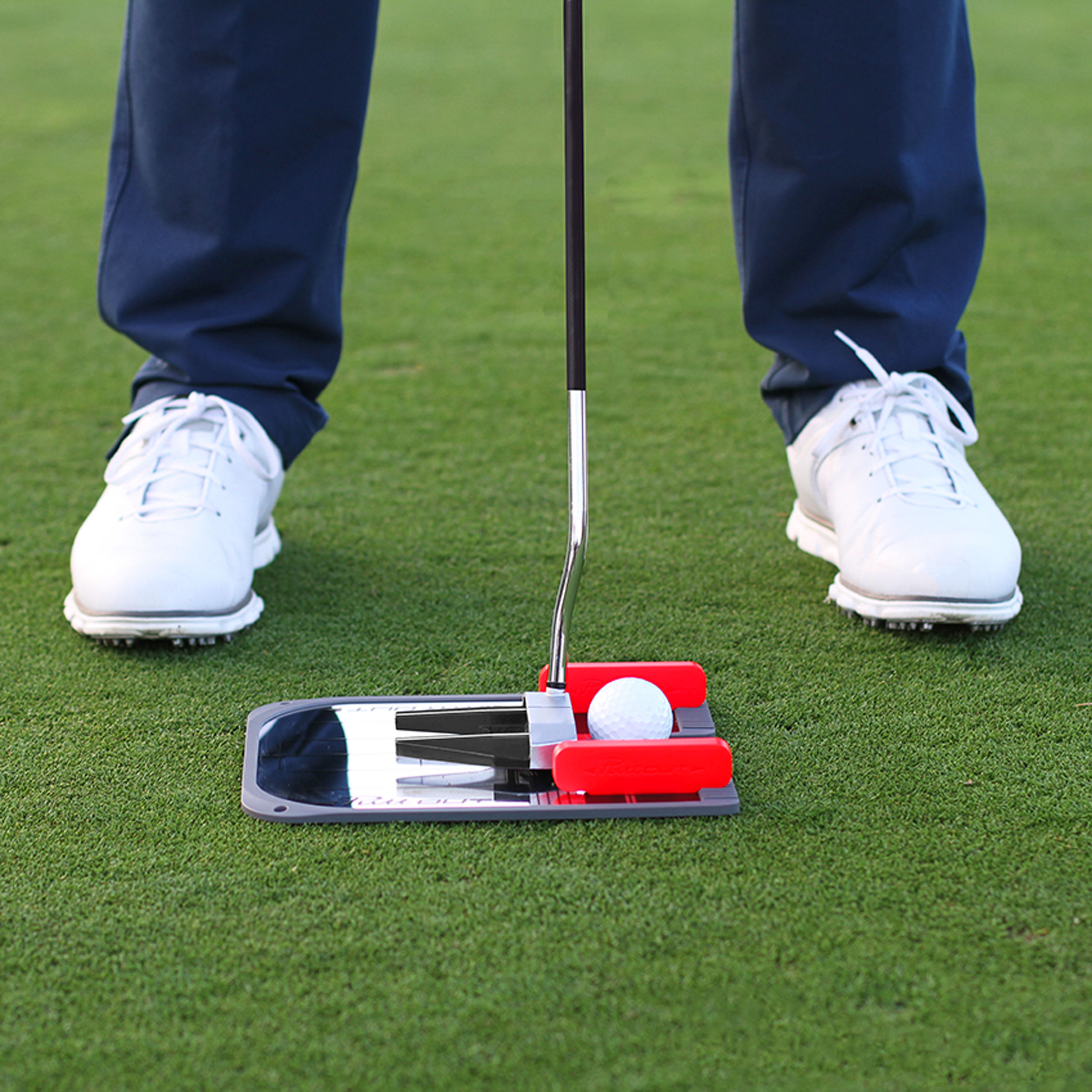 Use anywhere - With a compact, understated design, use the mirror to practice at home, at work, at the hotel or on the practice green. Wherever you need the practice, the PuttOUT Putting Mirror is there to help.