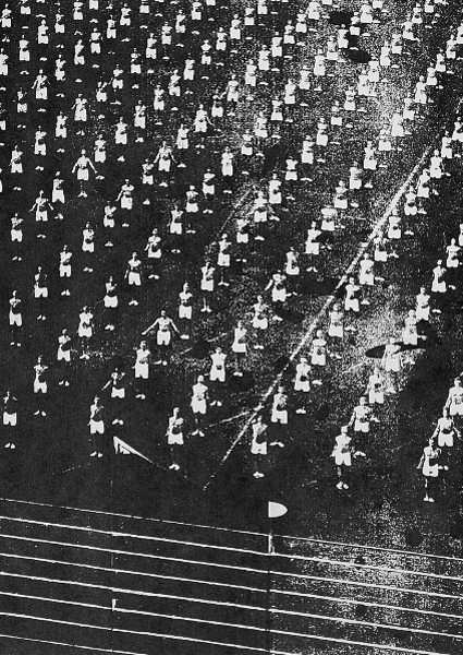 OLYMPIA BERLIN 1936 (AFTER LENI RIEFENSTAHL)