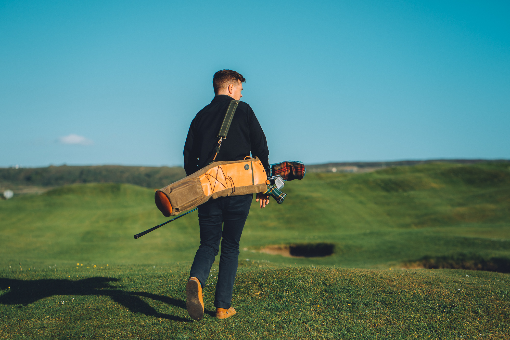 The Fescue Project - Hand crafted by Seamus Golf is a bag for true minimalists.