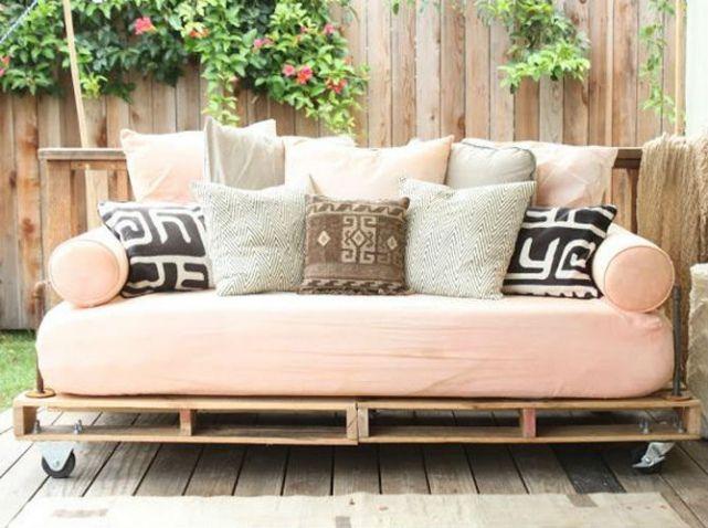 palette bois canape décoration.jpg