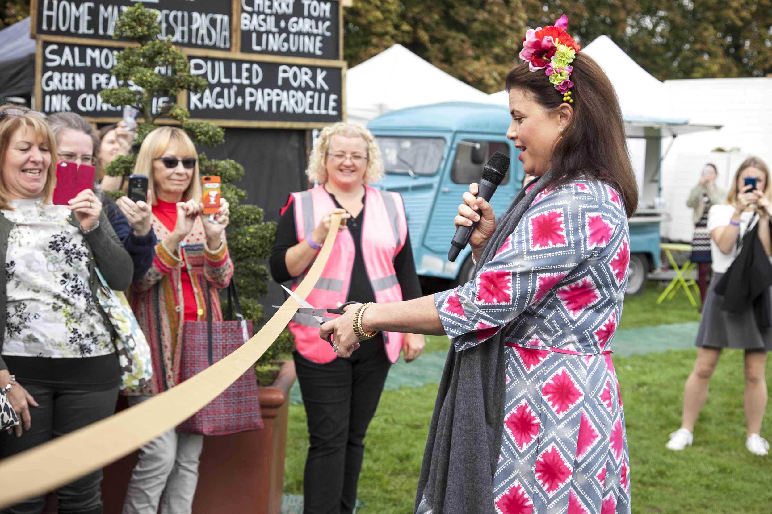 Kirstie Allsopp cuts ribbon at The Handmade Fair.jpg