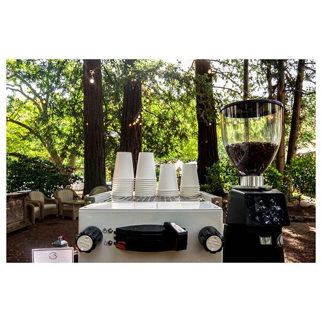 Cafes with walls are overrated 😏. . . . . 🌲🌲🌲☕️🌲🌲🌲 #somoscoffee#coffeeanywhere #weddingcoffee #coffeeinthewild #lamarzoccohome #latteart#coffeeart#sfcoffee#barista#coffeecatering#eventcoffee#coffeecart#espressocart#mobilecoffee#sfevents#popupcoffee#mobileespresso#espressocatering#coffeebar#specialtycoffee#espresso#sanfrancisco#bayareacoffee#bayarea#coffee#bayareaevents#moderncoffee#coffeelove#coffeeeverywhere