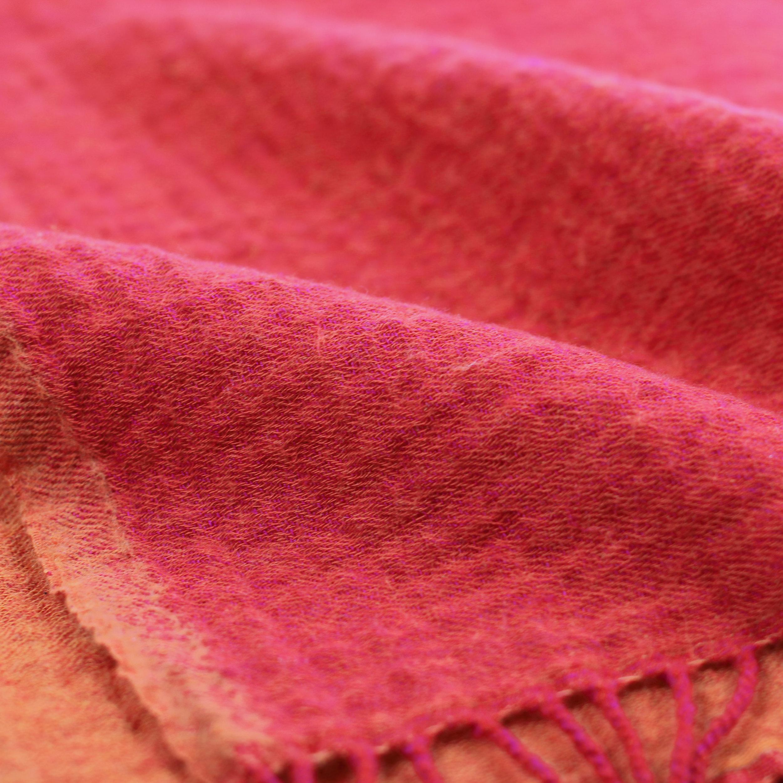 Merino Wool Rev Throw_Fuchsia Orange_Detail.jpg