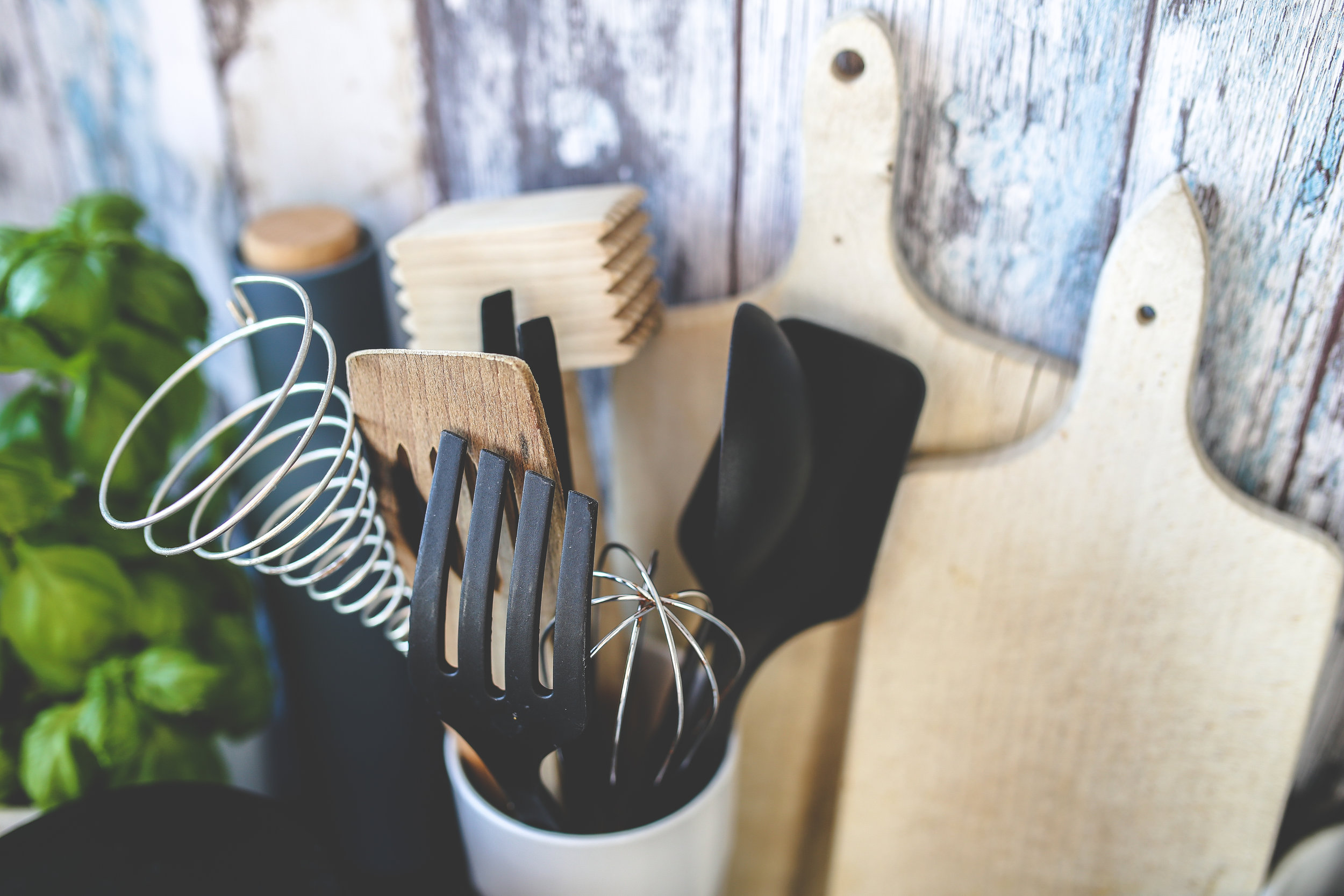 KITCHEN ACCESSORIES -