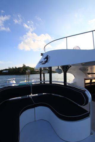 Bermuda-Yacht-UberVida-4559-640x480.jpg