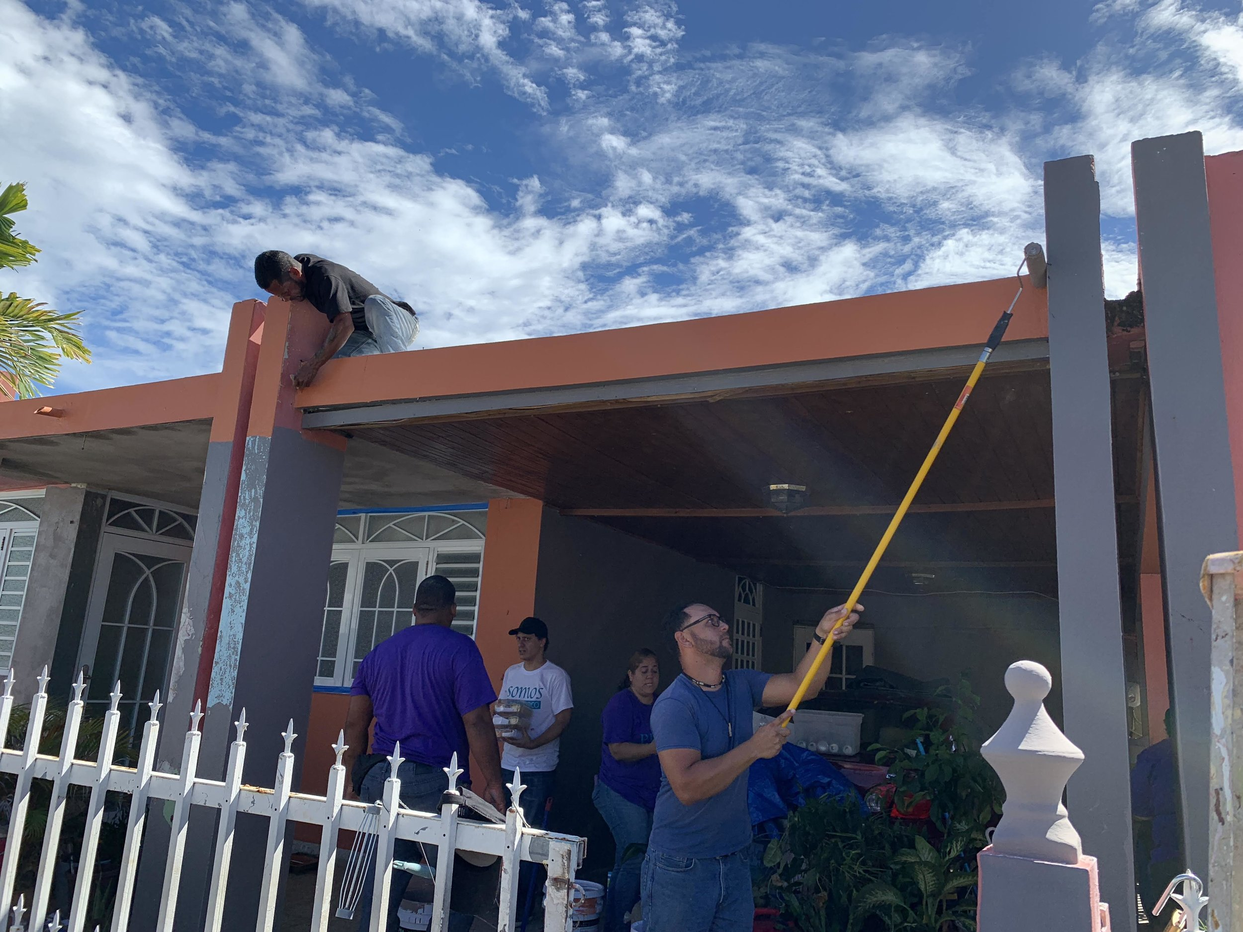 Reconstructing Homes Through Community and Collective Advocacy - The Viviendas Initiative includes a plan involving three recovery strategies: physical repairs of homes, collective advocacy, and community legal assistance.In partnership with