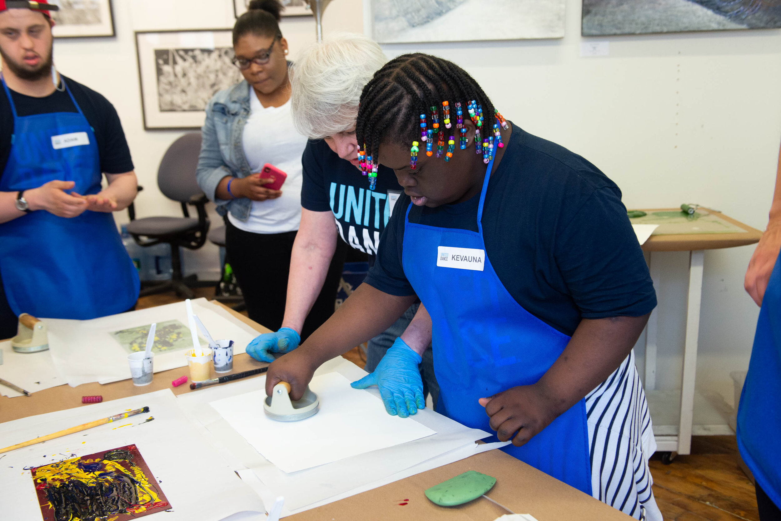 PAINT - Art classes taught by painter Hope Ricciardi in her SOWA artist studio.Discover